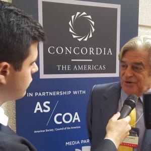 Expresidente Lacalle junto al periodista Jorge Agobian,